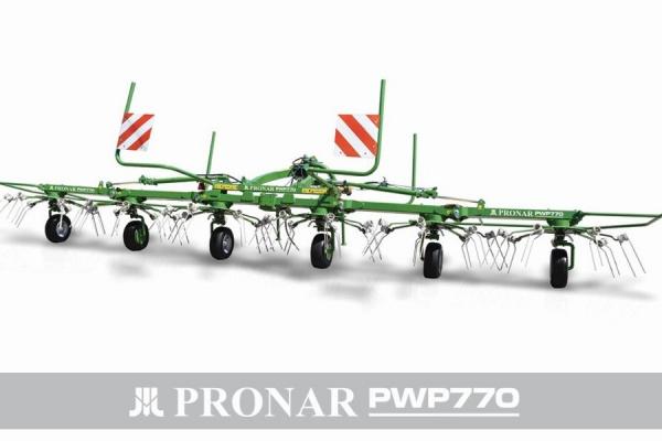 Przetrząsacz pokosów PWP770